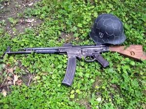 Nemecké zbrane 07%2520Nemecko%2520StG44